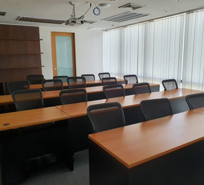 Office for sale in Asoke - high floor - 382 sqm - P.S.Tower Office building