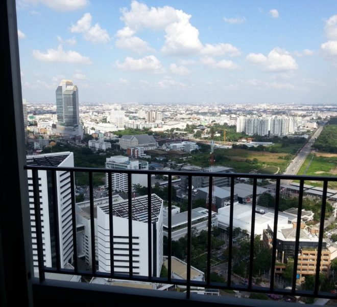 Apartment for sale in Rama 9 on a high floor - 1-bedroom - Belle Grand Rama 9 condominium