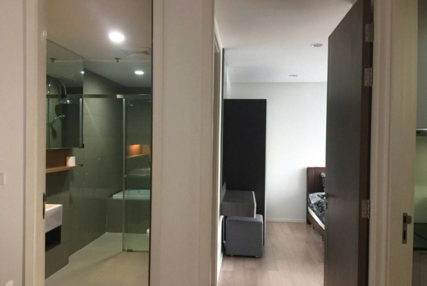 15 Residence Condo at Asoke 1-bedroom sale - living area