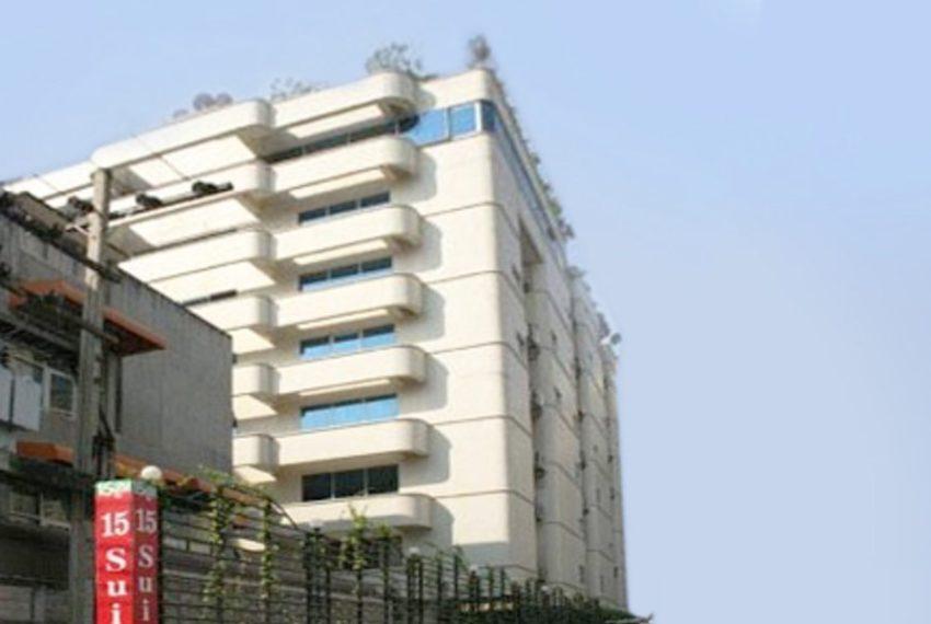 15 Suite Condo - building