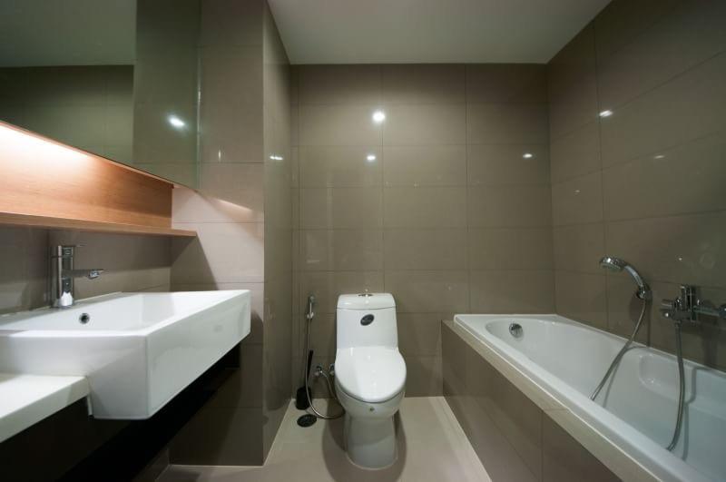 15 Sukhmvit Residences-sale-bath room2