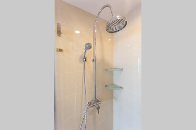 15 Sukhumvit Residence-1bedroom-rent-Bathroom