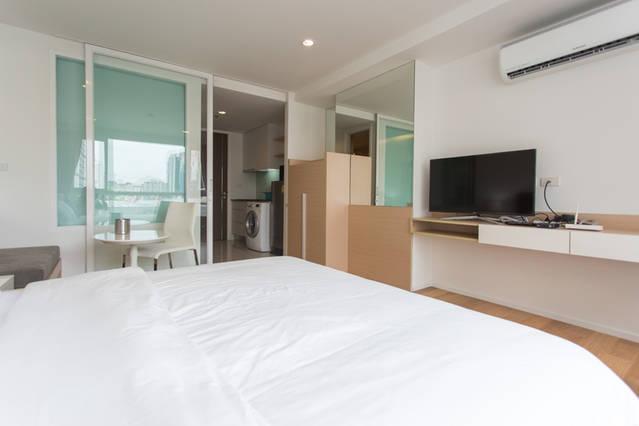 15 Sukhumvit Residence-1bedroom-rent-Living Room
