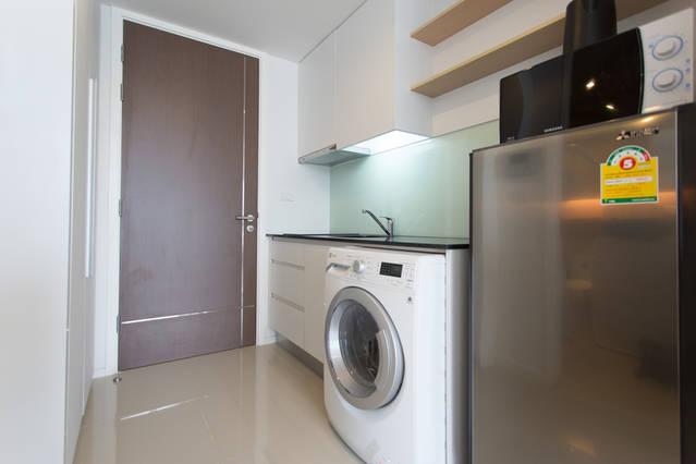 15 Sukhumvit Residence-1bedroom-rent-Refrigrator- Washing machine