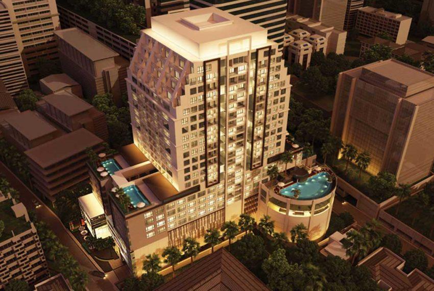 15 Sukhumvit Residences Condo in Asoke - Nana - building