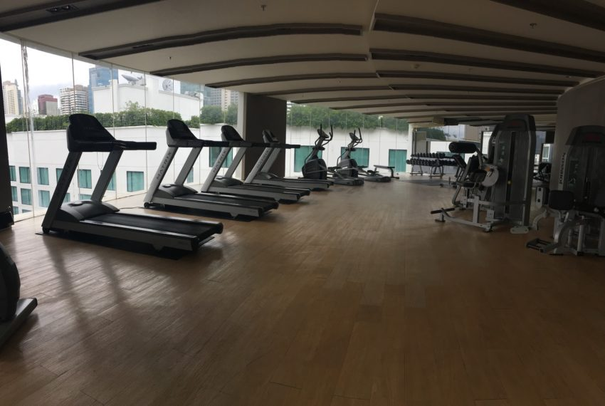 15 Sukhumvit Residences Condo in Asoke - Nana - fitness club