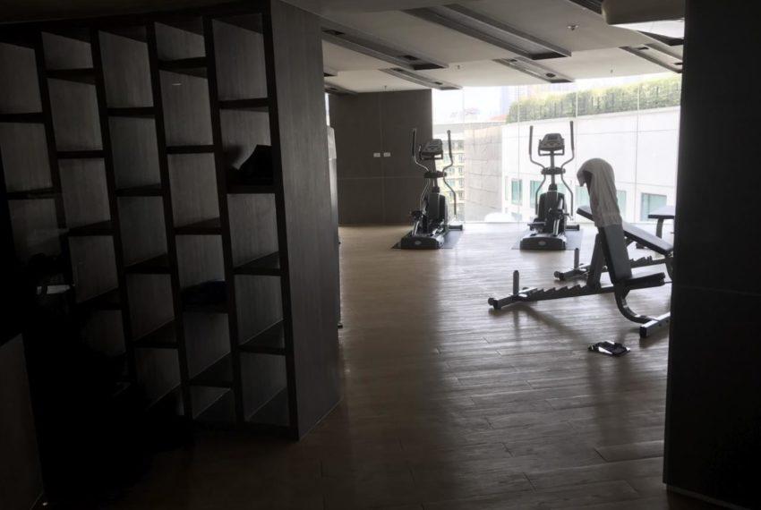 15 Sukhumvit Residences Condo in Asoke - Nana - gym