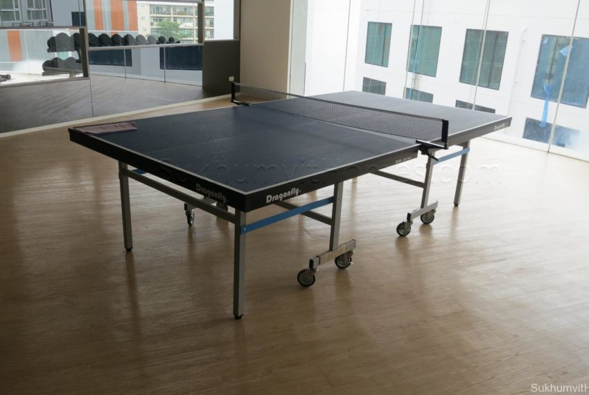 15 Sukhumvit Residences Condo in Asoke - Nana - table tennis