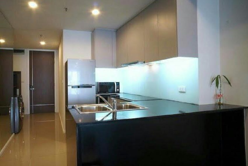 15 sukhumvit residence - kitchen area