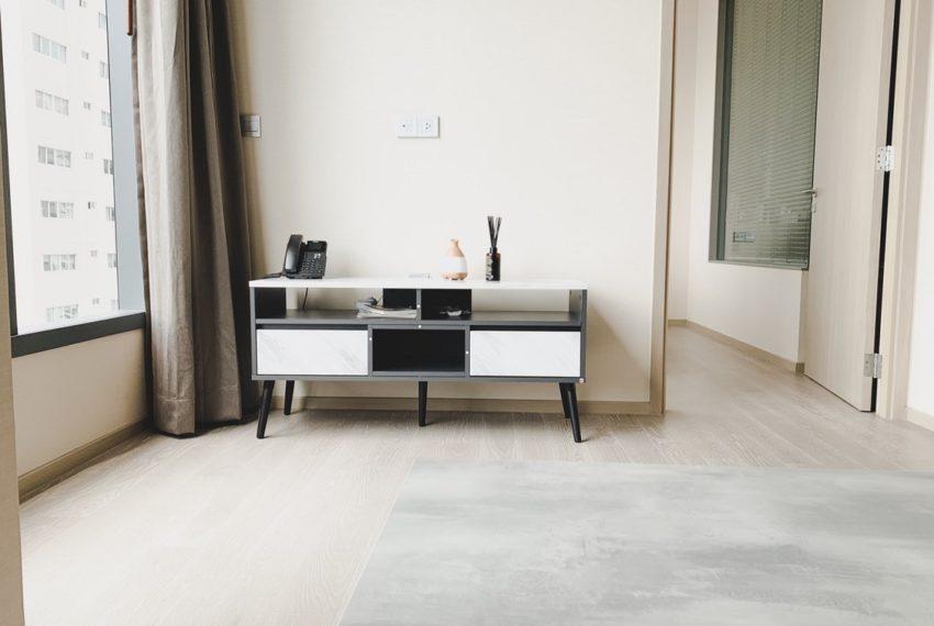 1b1b - living room