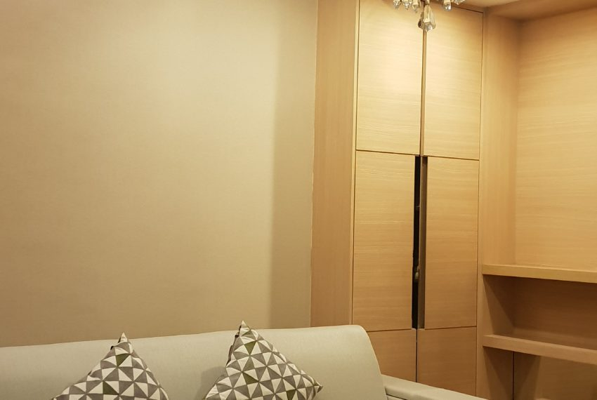 Condo in The Address Asoke on Top floor - Sale Best Deal
