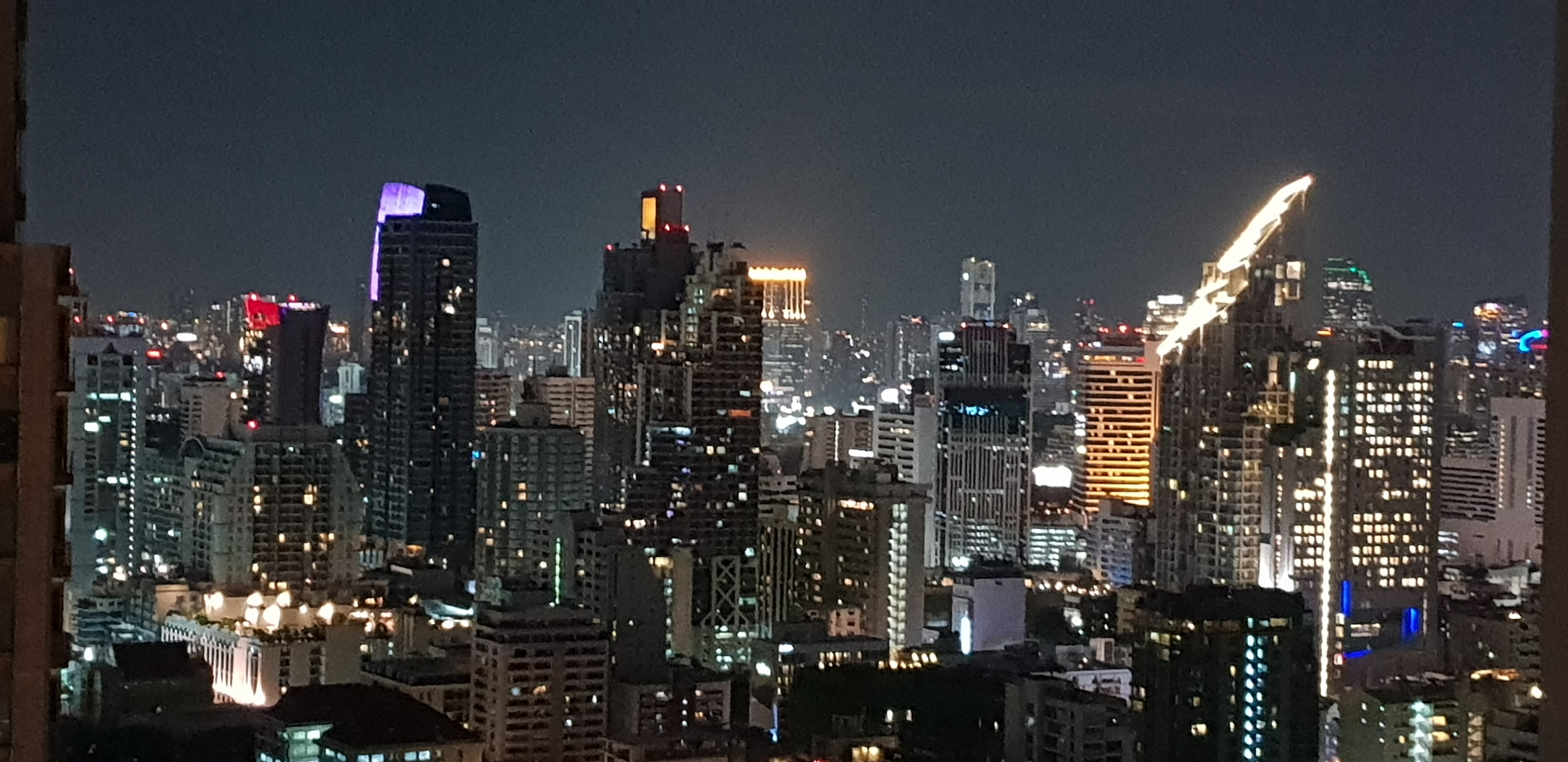 Condo Sale With Tenant Asoke - Top floor - Best Layout - Near MRT - Near Airport Link