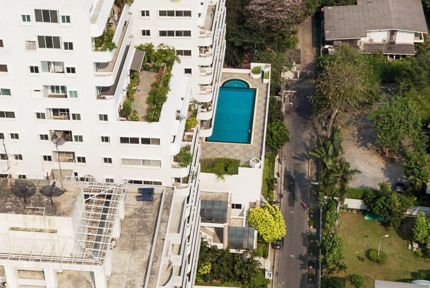 33 Tower condominium - pool