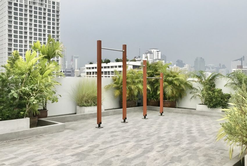 39 Suites - rooftop work out area