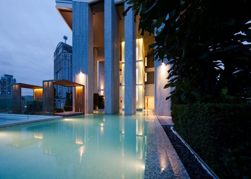39 by Sansiri condominium - pool at night
