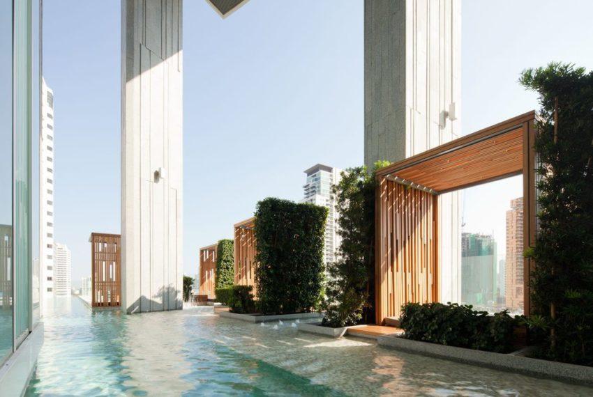 39 by Sansiri condominium - swimming