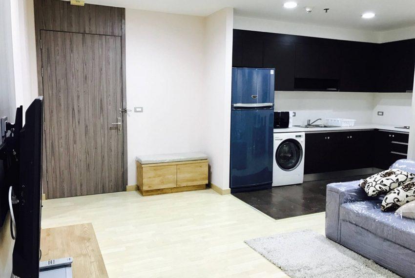 59 Heritage Sukhumvit Bangkok condominium - entrance