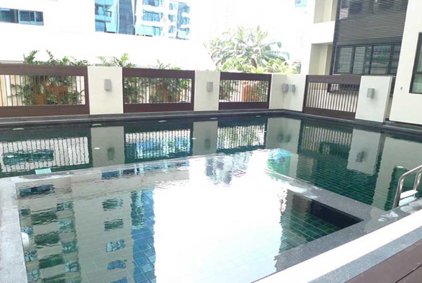 59 Heritage Sukhumvit Bangkok condominium - pool