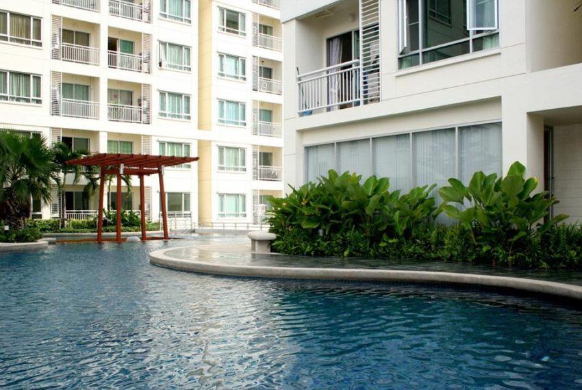 59 Heritage Sukhumvit Bangkok condominium - swimming