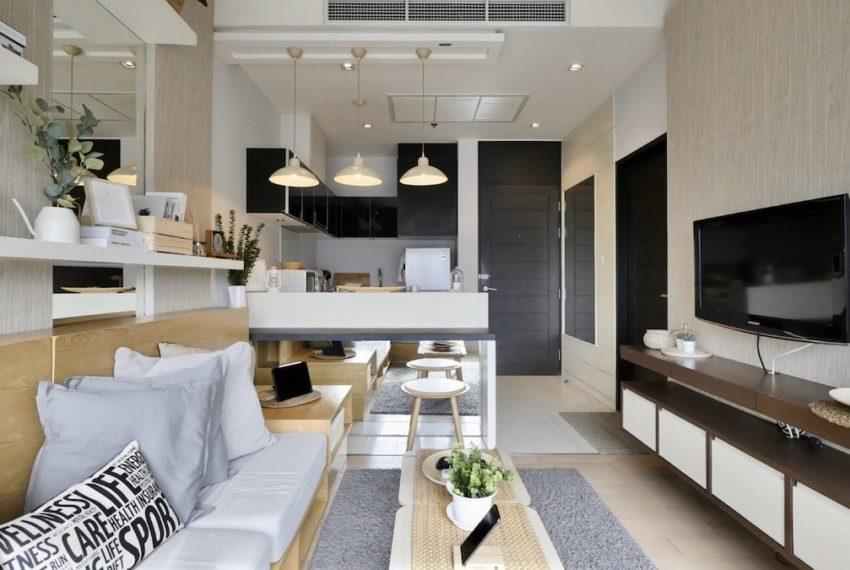 8 thonglor_Livingroom2_Sale