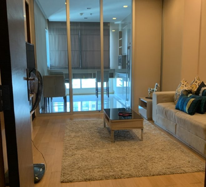 Cheap condo for sale in Asoke - 1-Bedroom - High Floor - The Address Asoke