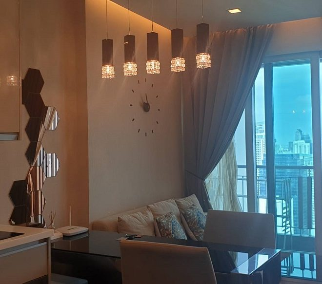 1-Bedroom Condo on Top Floor in The Address Asoke - Sale or Rent - near MTR and Airport Link