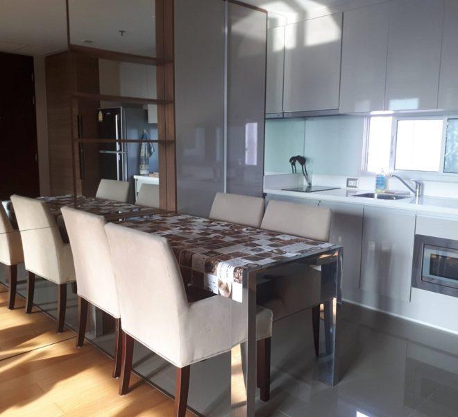 Address Asoke high floor for rent - kitchen