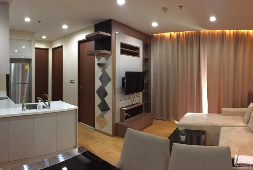 Address asoke_living room overview
