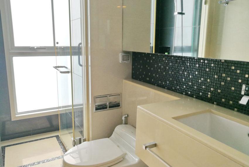 AddressAsoke_2b2b_Rent40k_Bathroom