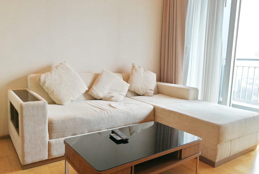 AddressAsoke_2b2b_Rent40k_Livingroom1.1