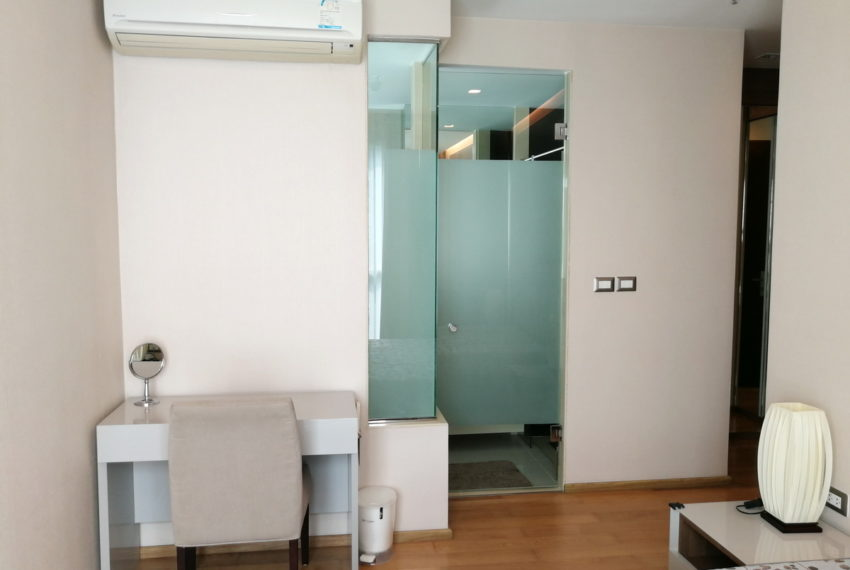 AddressAsoke_2b2b_Rent40k_Masterbedroom1.3