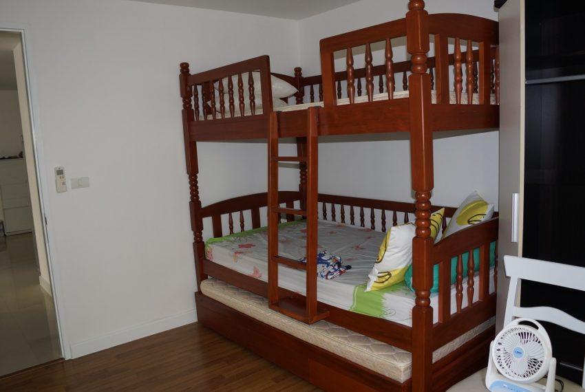 Affordable 2 Bedroom Condo in Thong Lo - children bedroom