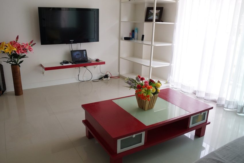 Affordable 2 Bedroom Condo in Thong Lo - furnished