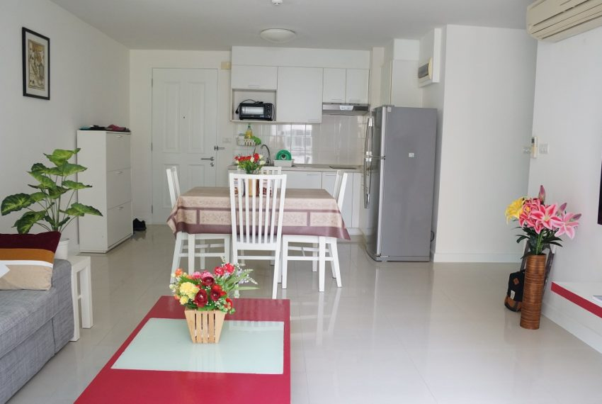 Affordable 2 Bedroom Condo in Thong Lo - living