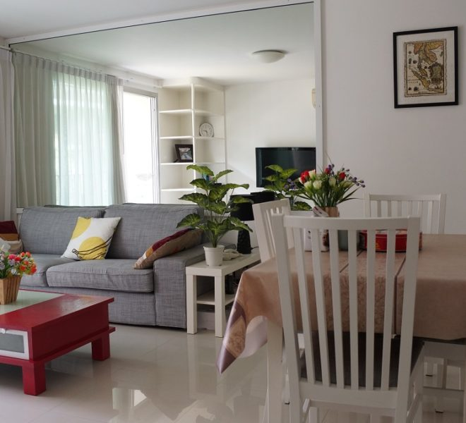 Affordable 2 Bedroom Condo in Thong Lo - The Best Price in The Clover