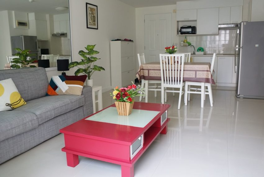 Affordable 2 Bedroom Condo in Thong Lo - living room