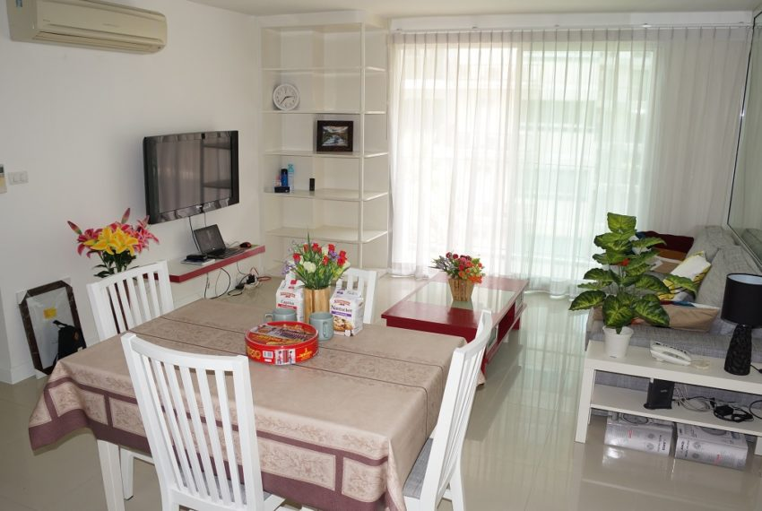 Affordable 2 Bedroom Condo in Thong Lo - nice
