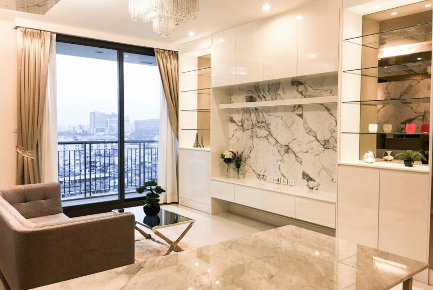 Aguston Sukhumvit 22 2bedroom for sale and rent - living room
