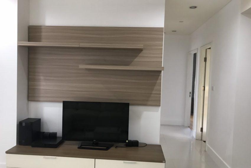 Aguston Sukhumvit 22-2bedroom-rent-mid-floor-flat-TV