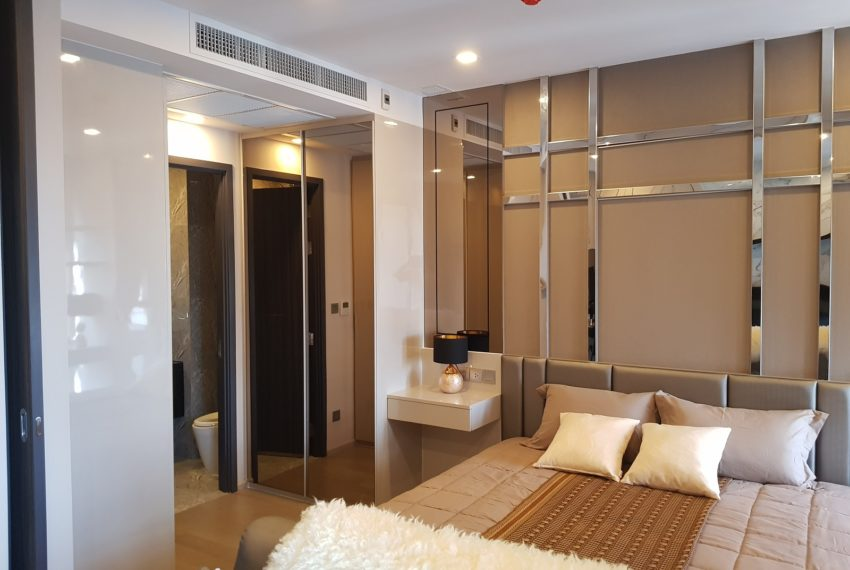 Ashton-Asoke-1b1b-rent-mid-high-floor-bedroom