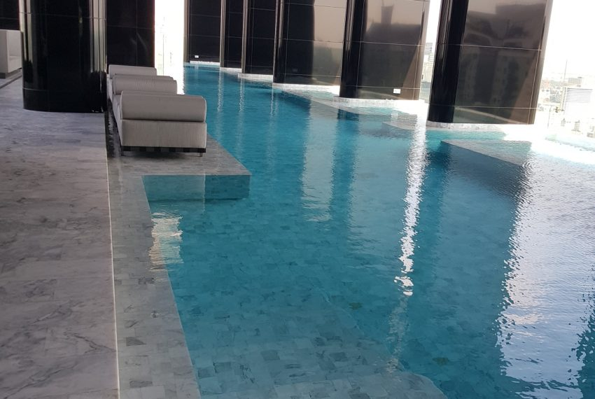 Ashton-Asoke-pool-35-floor