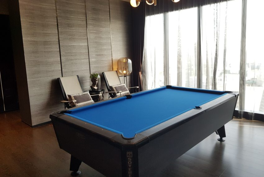 Ashton-Asoke-pool-table