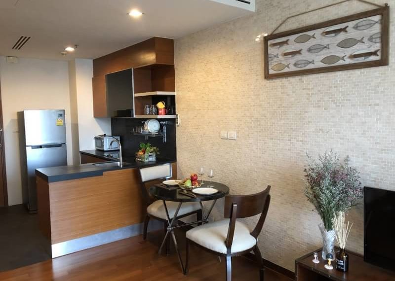 Ashton Morph Sukhumvit 42 - 2bedroom 1 bathroom - dining corner
