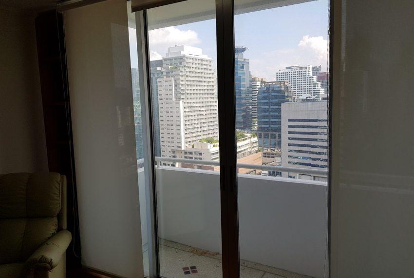 Asoke Place Condominium 3-bedroom for rent - 3 balconies