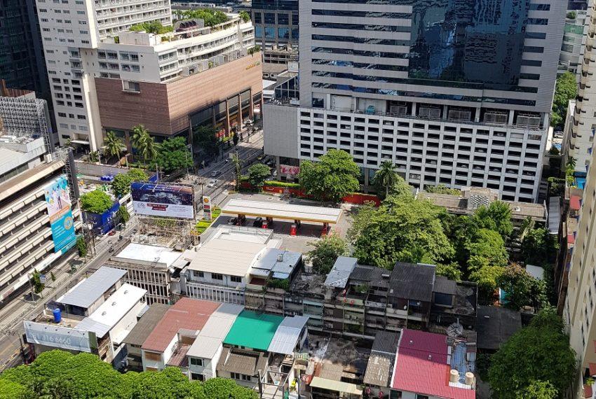 Asoke Place Condominium 3-bedroom for rent - balcony view
