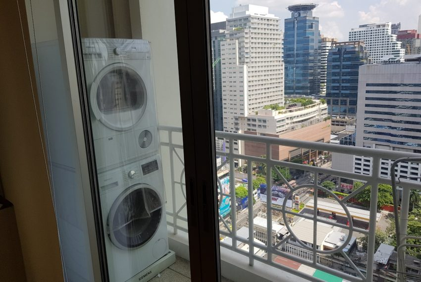 Asoke Place Condominium 3-bedroom for rent - balcony washing and drying machine