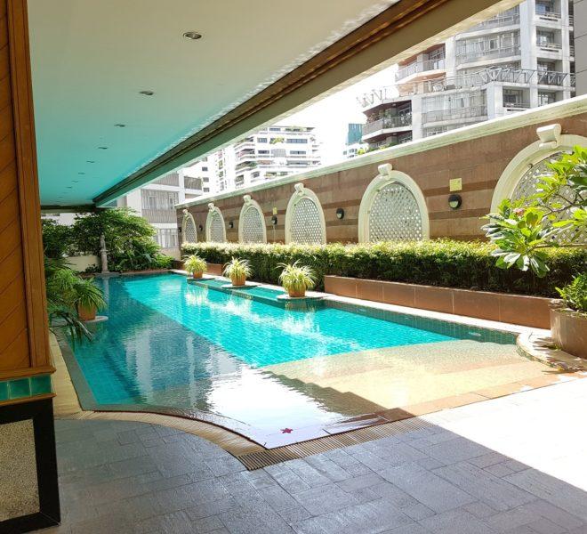 Asoke Place Condominium on Sukhumvit 21