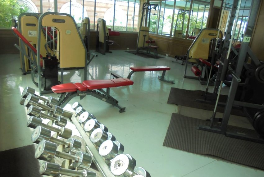 Asoke Place gym 03