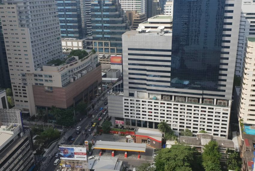 Asoke Place - rent on high floor - 1b1b - 25k - view