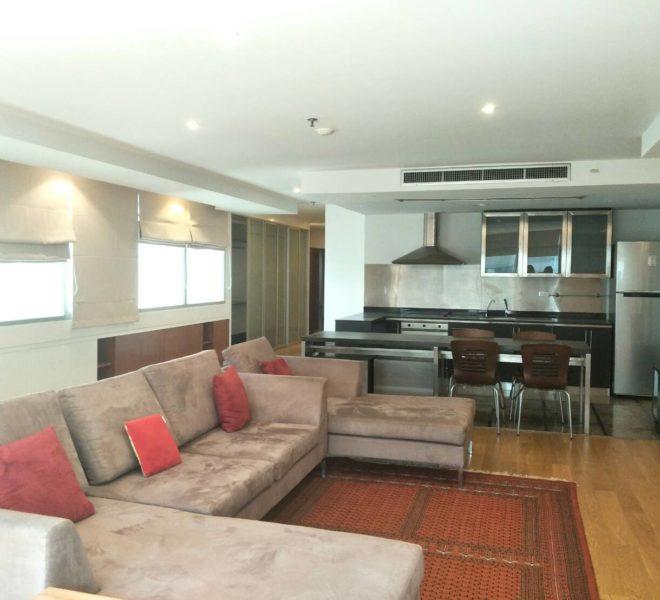 Asoke Place-sale-living room1